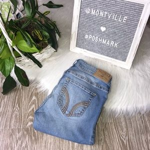Hollister Super Skinny Size 1 Distressed Jeans